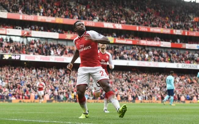 Welbeck fez dois em vitória do Arsenal sobre o Bournemouth