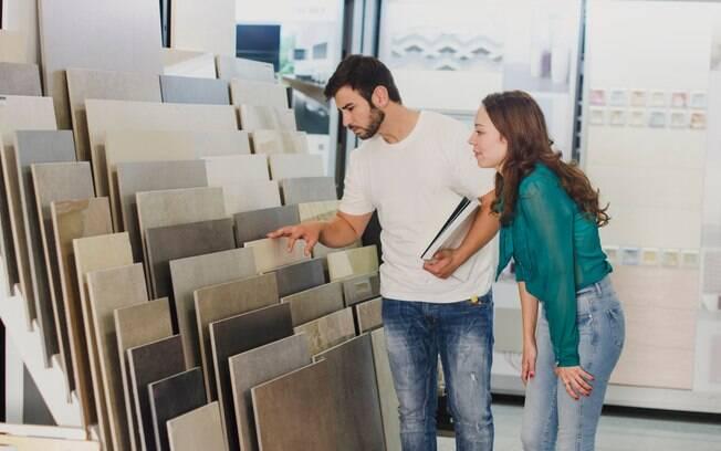 Há diversas opções de pisos disponíveis e, para ajudar na escolha, arquiteta dá dicas dos melhores para as áreas internas