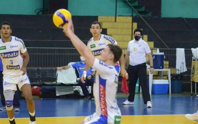 Vlei Renata vence Itapetininga e segue em 3 na Superliga