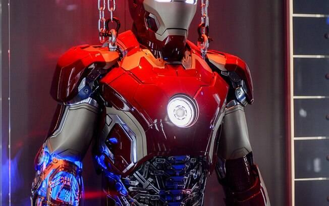 Universidade americana está desenvolvendo armaduras e dispositivos tecnológicos semelhantes aos do Homem de Ferro