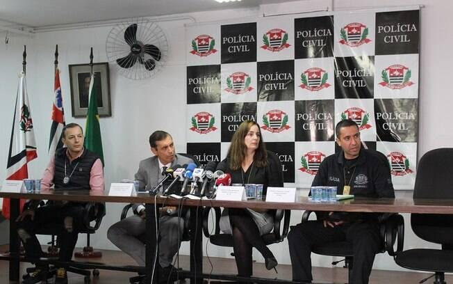 Coletiva de imprensa na sede do Departamento de Polícia Judiciária da Capital (Decap) para falar sobre a prisão de cinco pessoas acusadas de torturar homem