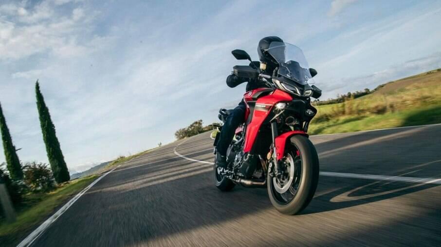 Yamaha Tracer 900 GT ABS passa a ter novas combinações de cores entre as mudanças