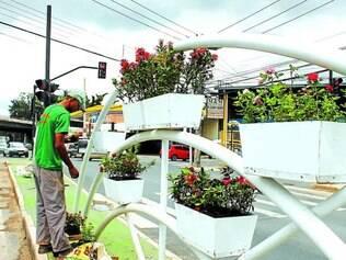 Alvarenga Peixoto.  Avenida localizada no bairro Amazonas foi alvo de vandalismo e passa por reformas