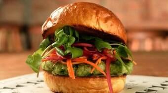 Receita: hambúrguer vegetariano de abobrinha