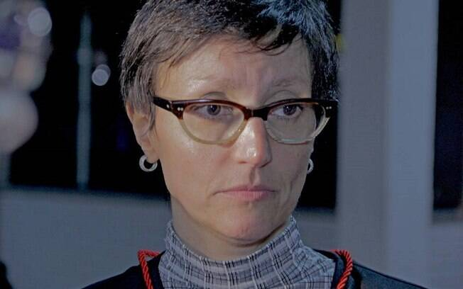 Cláudia Mac Dowell teria sido vítima de homofobia por parte de advogado que defendia PMs