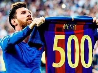 Em 577 jogos com a camisa azul e grená do Barcelona, Messi marcou 500 gols