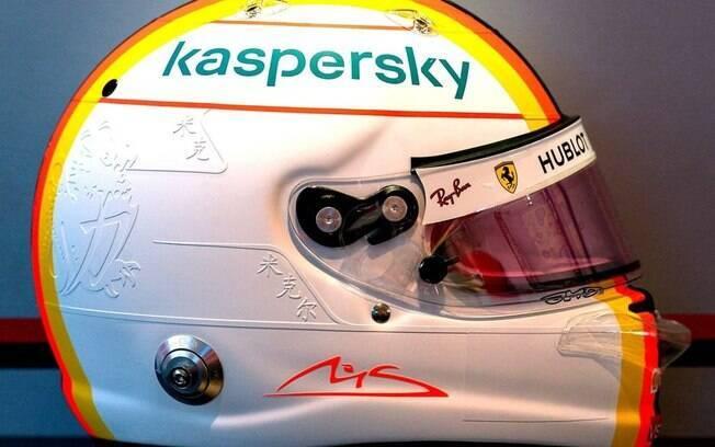 Capacete em homenagem a Schumacher