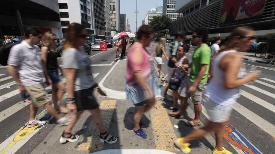 Pessoas de 25 anos podem se vacinar nesta sexta em São Paulo
