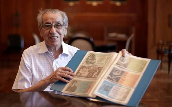 Paixão do paulistano Sylvio Luongo por bilhetes de loteria começou após duas décadas tomando conta da lotérica do pai