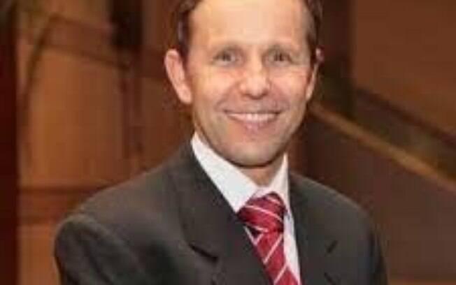 Fabio Sandoli de Brito Jr. fala sobre os avanços da cardiologia intervencionista no dia mundial do Coração