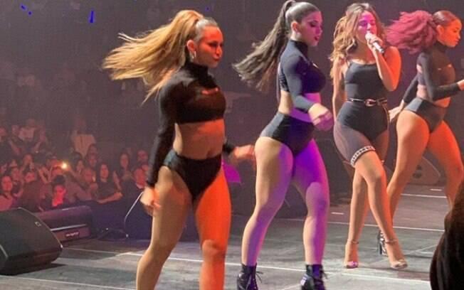 Anitta faz performance em casa tradicional dos Estados Unidos