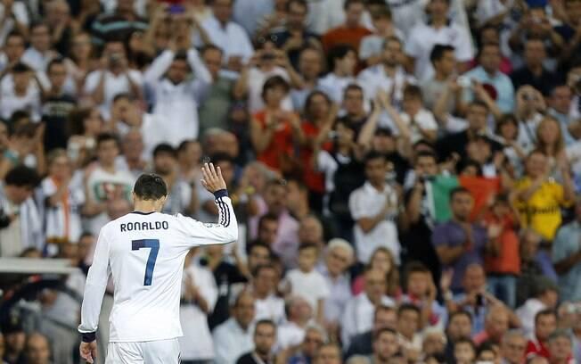Cristiano Ronaldo: craque, artilheiro e  grande ídolo da torcida do Real Madrid