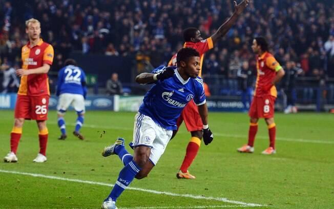 No segundo tempo, o brasileiro Michel Bastos  marcou o gol do empate do Schalke