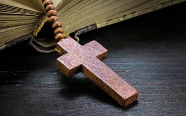 6 salmos de proteção e libertação da inveja