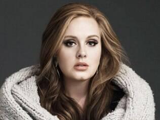 Representante de Adele esclarece ausência da cantora: