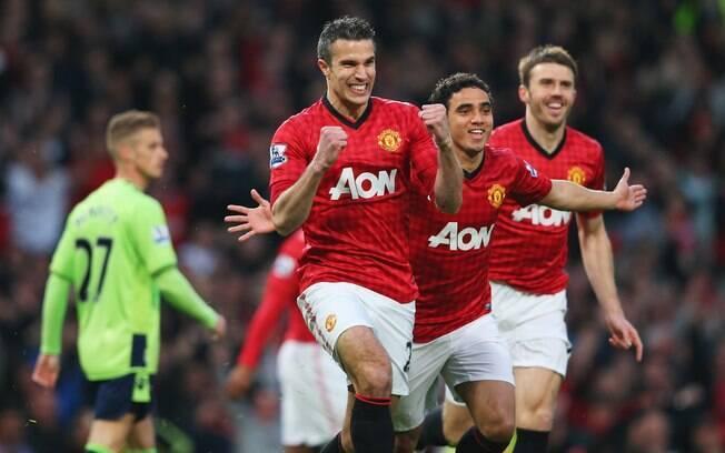 Título acabou sendo confirmado logo na rodada  seguinte. Van Persie marcou os três gols na  vitória sobre o Aston Villa