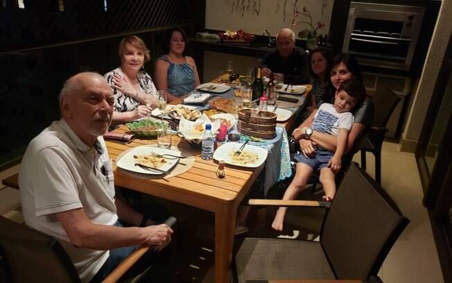 Haroldo consumiu a cerveja durante festa de Ano Novo com a família