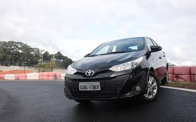 Toyota Yaris é o novato que aposta no sobrenome para conquistar o público. parte de R$ 59.950