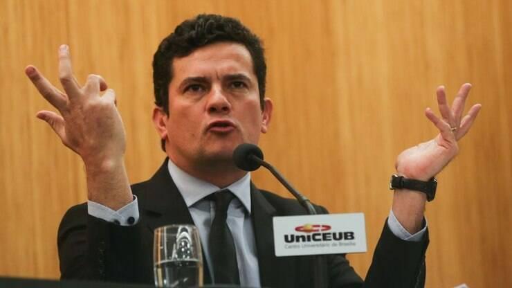Sérgio Moro propõe mudança em lei de abuso de autoridade