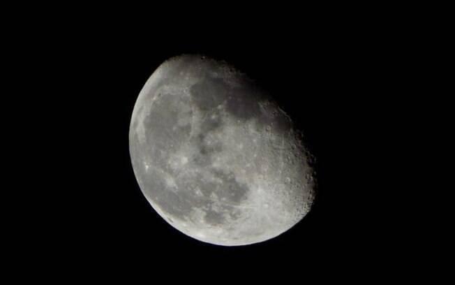 Lua minguante em Capricórnio