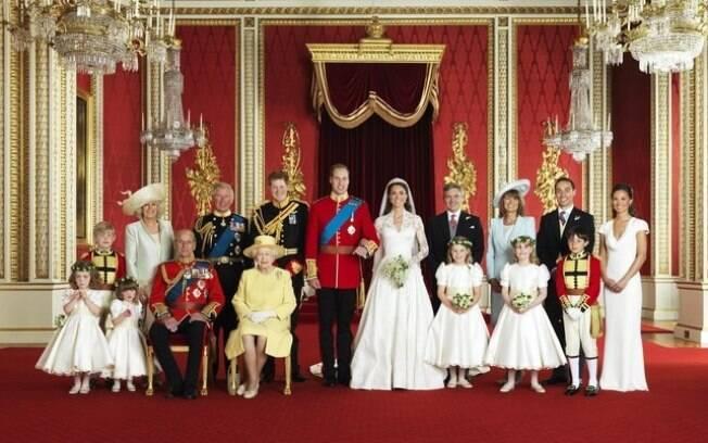Foto oficial da cerimônia de casamento de William e Kate