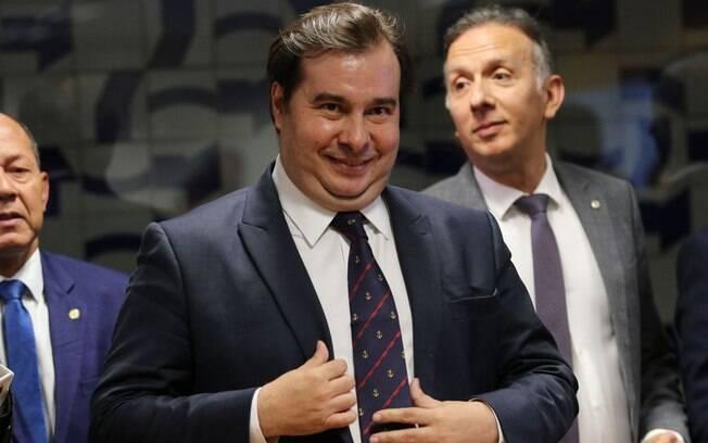 Rodrigo Maia comemorou a revogação do decreto das armas