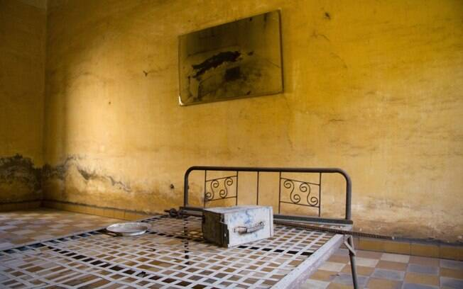Museu Tuol Sleng é um antigo centro de tortura e detenção dos anos de guerra civil