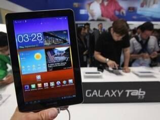 Galaxy Tab 7.7: União Europeia proíbe exposição do tablet em feira alemã