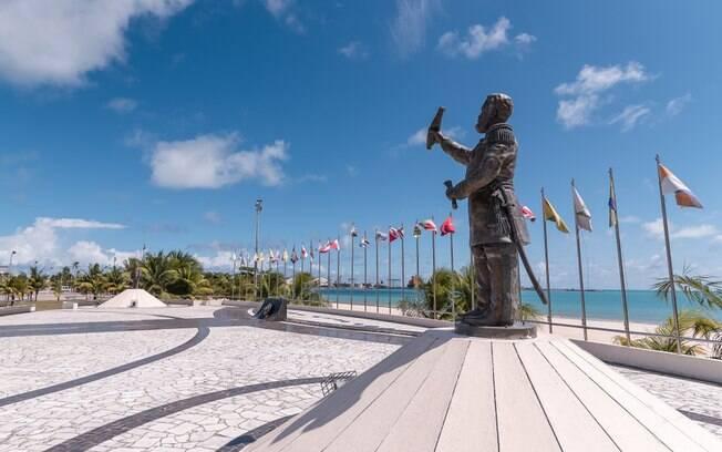 Além de saber o que fazer em Alagoas, é bom saber onde ficar para aproveitar cada destino da lista ao máximo