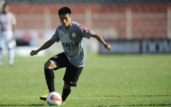 Zizao disputou a primeira partida como titular do Corinthians. Foto  Gazeta  Press 5fa62b8d6a20d