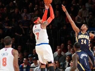 Com 34 pontos, Carmelo Anthony foi o destaque da sétima vitória seguida dos Knicks