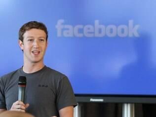 Marca registrada do Facebook, o azul foi escolhido porque Mark Zuckerberg é daltônico