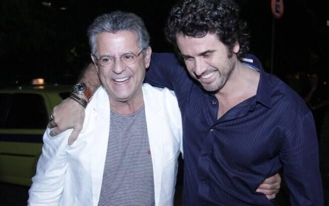 Eriberto Leão e Marcos Paulo se encontram em noite de premiação