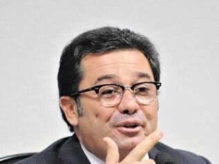 Bulhões alega que há ilegalidades nas interceptações telefônicas da PF