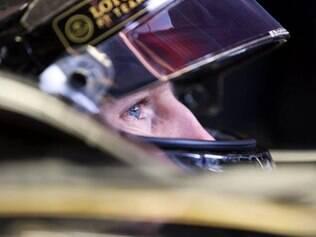 Francês registrou a melhor volta dos quatro dias de ensaios em Barcelona ao marcar 1min24s067 com seu Lotus