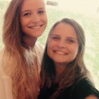 As irmãs Ana (esq.) e Fernanda (dir.)