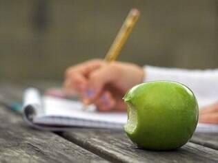 Lanche: manter frutas e verduras ao alcance das mãos ajuda a ter uma dieta mais saudável
