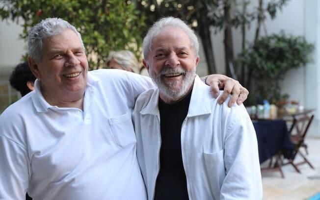 Após decisão do TRF-4, Lula não irá comparecer ao velório do irmão mais velho