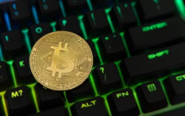 No começo de fevereiro a cotação do bitcoin chegou pela primeira vez no ano a uma marca inferior aos US$ 6 mil