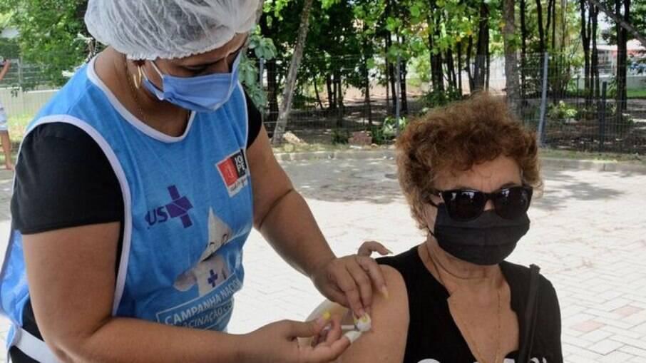 Vacinação é suspensa em João Pessoa pela falta de imunizantes