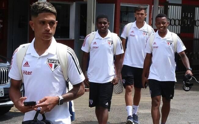 Maia (em destaque na foto) fazia parte do elenco sub-20 do São Paulo