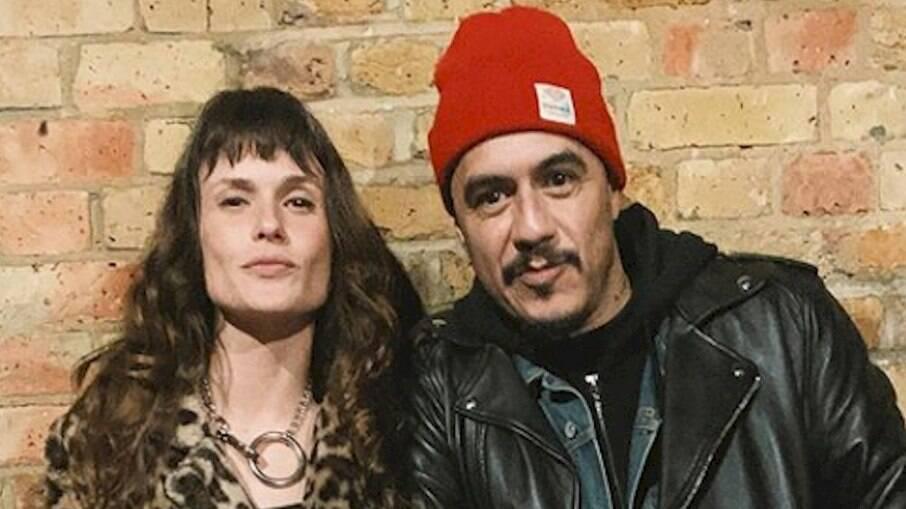 Marcelo D2 e sua esposa, Luiza Machado, testaram positivo para o novo coronavírus
