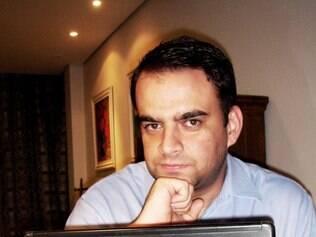 Pedro Blank levou três anos para concluir a obra, que teve o primeiro lançamento em junho, na Assembleia Legisltiva