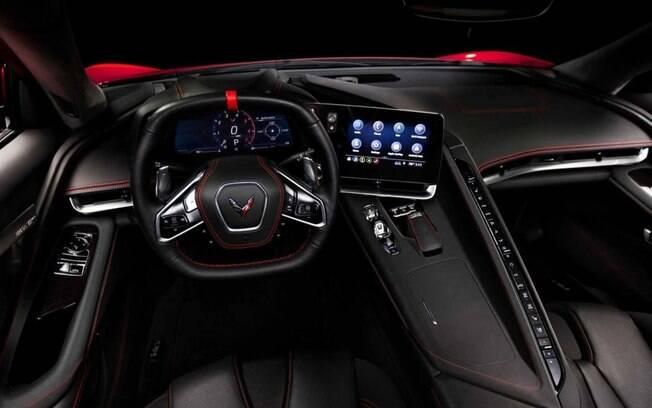 Chevrolet Corvette tem mais equipamentos refinados no interior, ante a geração anterior