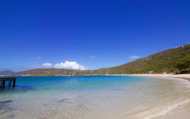A praia do forno é uma opção perfeita em Arraial do Cabo