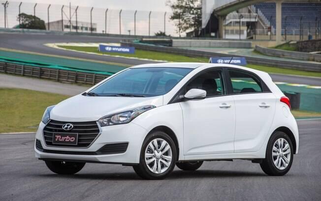 Por focar mais no rendimento, os motores turbo do Hyundai HB20 estão posicionados como a opção intermediária.