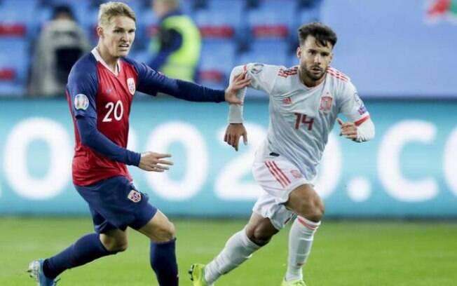Espanha empatou após Noruega aproveitar pênalti cometido no fim do jogo