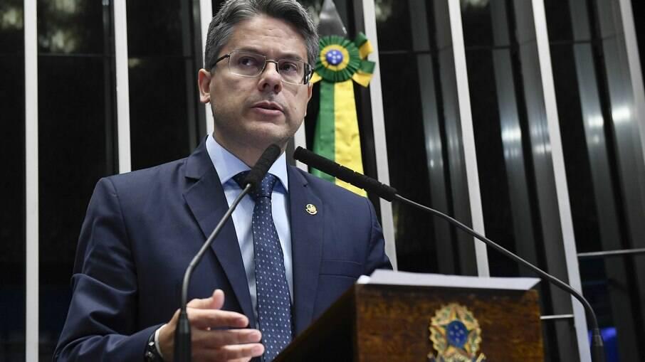 Senador Alessandro Vieira, um dos membros da CPI da Covid