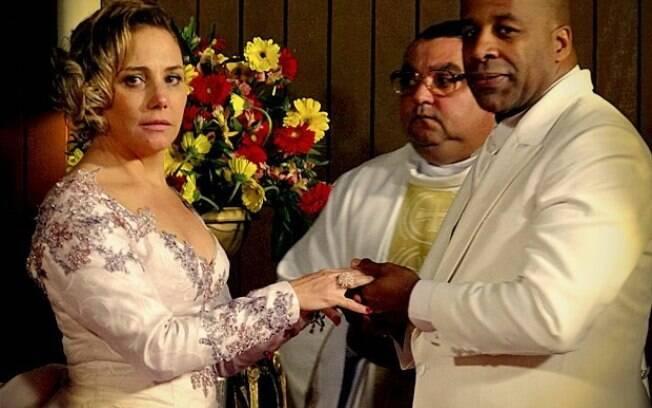 O casamento de Monalisa e Silas, que dura só até a lua-de-mel