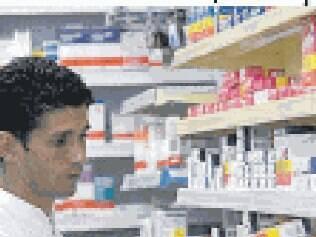 Diário Oficial publica lei que obriga presença de farmacêutico nas drogarias